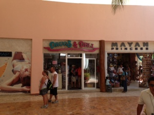 Cozumel Drugs and Subs