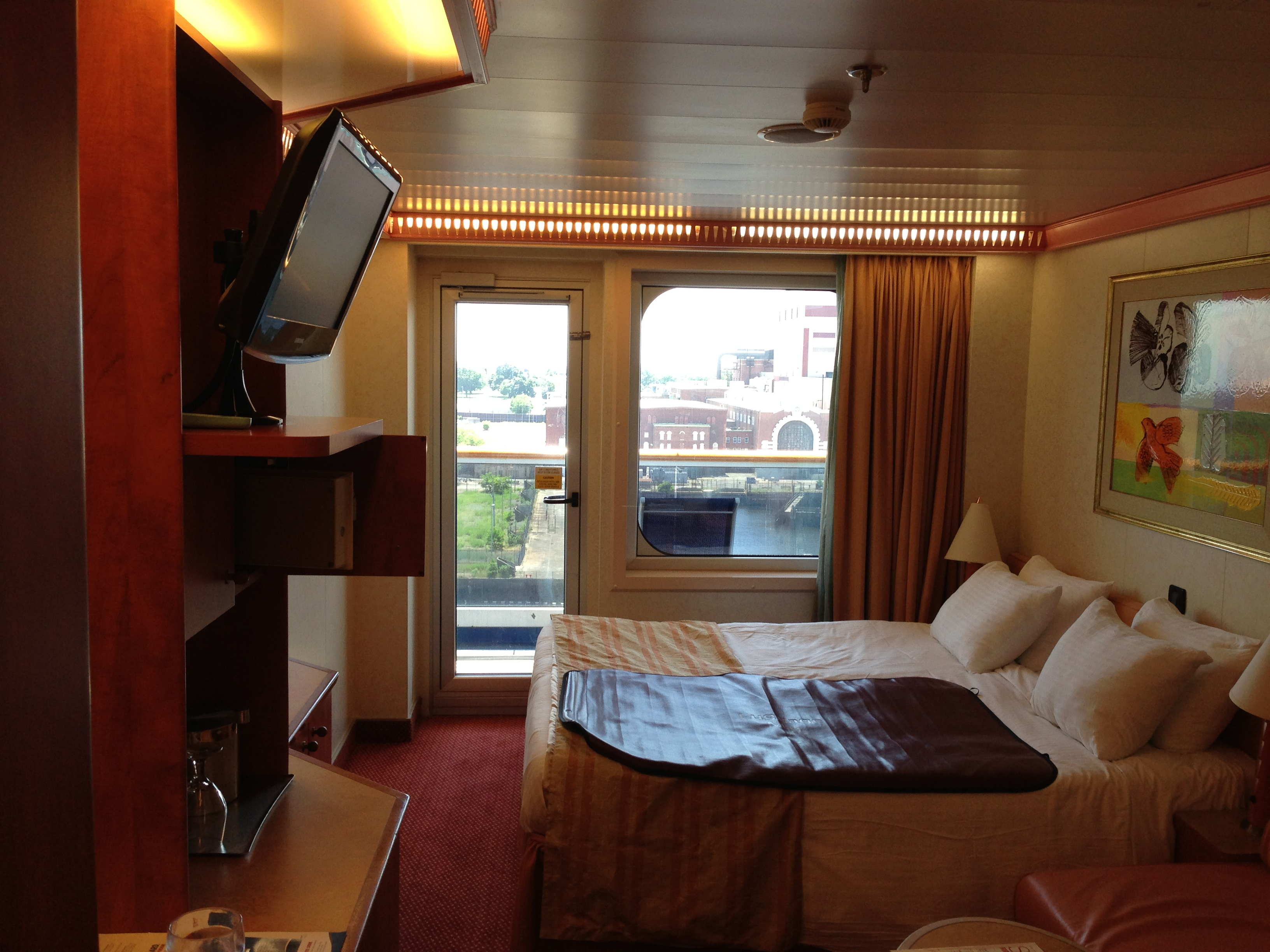Carnival glory for Balcony stateroom
